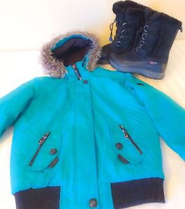 Female child coat +boot size 6 and large