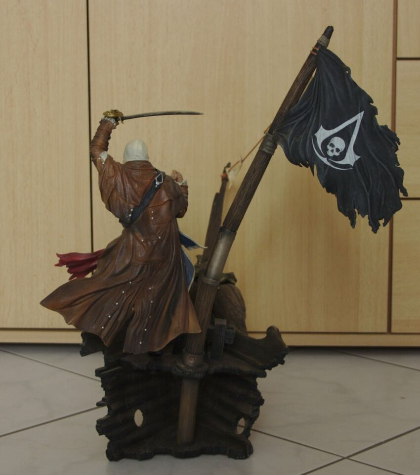 Assassins Creed 4 Black Flag - Schiff mit Figur in Braunschweig