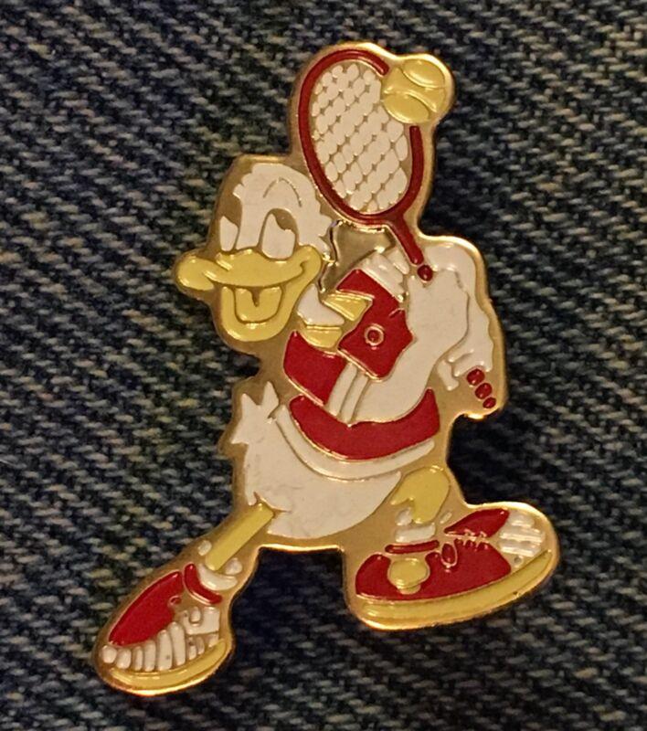Donald Duck Pin~Tennis~Walt Disney Productions~older 80