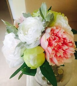 Maryannes flowers & DIY weddings Kellyville The Hills District Preview