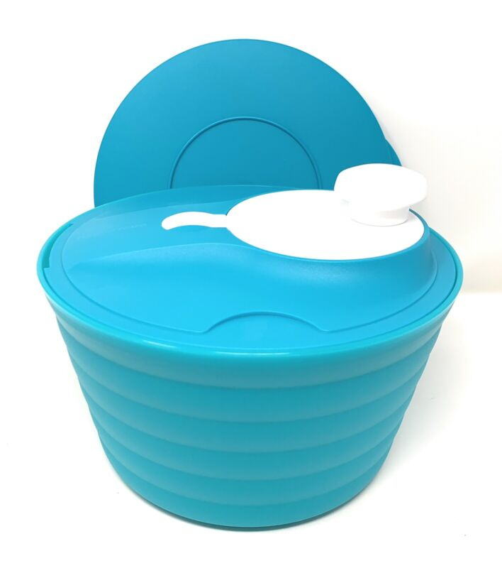 Tupperware Spin n Save Salad Spinner Light Blue NEW
