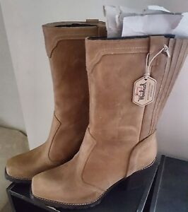 Woolrich Ladies Suede Boots size 11
