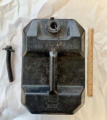Vintage Usmc 1982 Blitz 2.5g 9.5l Metal Gas Can Fuel Storage Can W Flex Spout