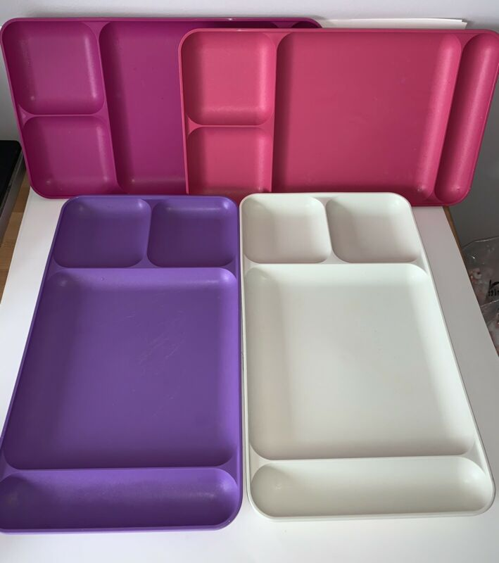 LOT OF 4 TUPPERWARE DIVIDED LUNCH TRAYS FOR PICNICS CAMPING #1535