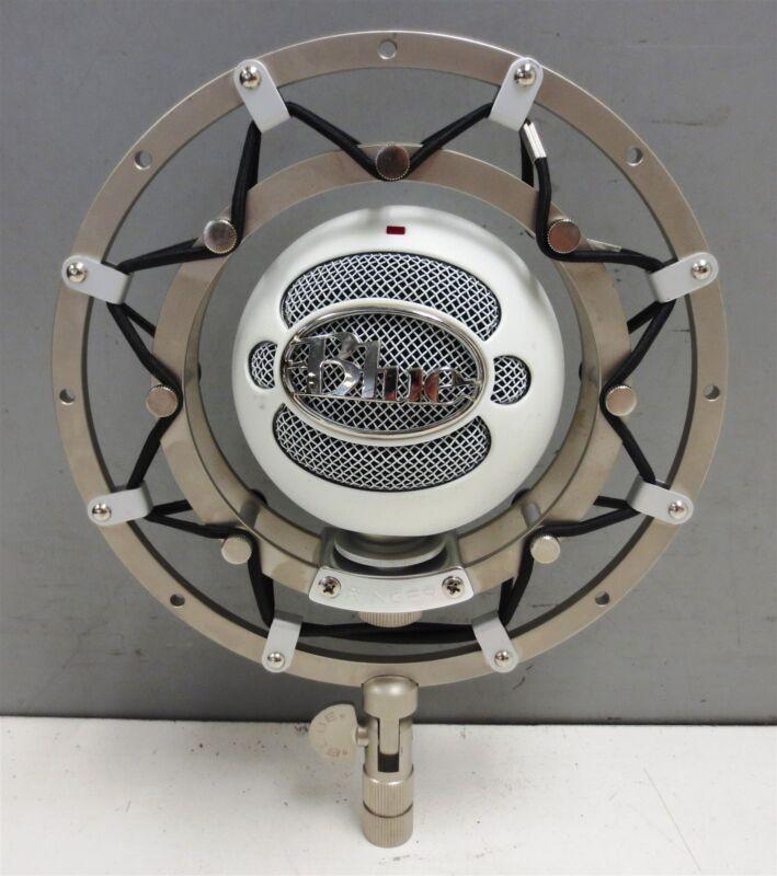 Blue Microphones Snowball Condenser Microphone w/ Ringer Shock Mount