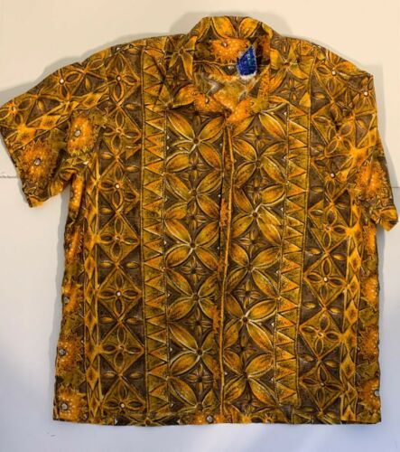 "Vintage Men's Casual Button Down Shirt ""Waikiki Wear By Duke of Hollywood"" XL"