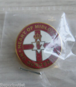 Heart-of-Midlothian-No-Surrender-pin-speldje
