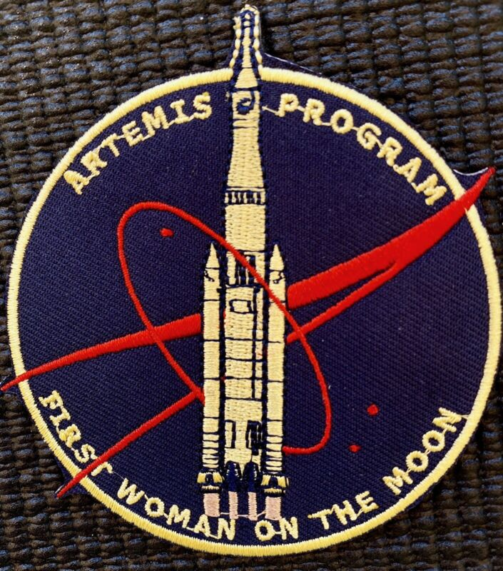 """NASA ARTEMIS PROGRAM 2024 FIRST WOMAN ON MOON - ASTRONAUT MISSION PATCH - 3.5"""""""