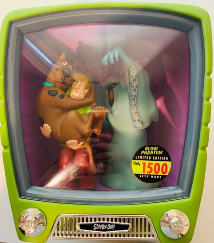 FUNKOVISION Scooby-Doo, Shaggy and The Green Ghost Limited Edition TV set