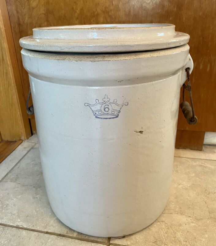 Large Ransbottom Brothers 6 Gallon Stoneware Crock W/ Lid & Wooden Handles