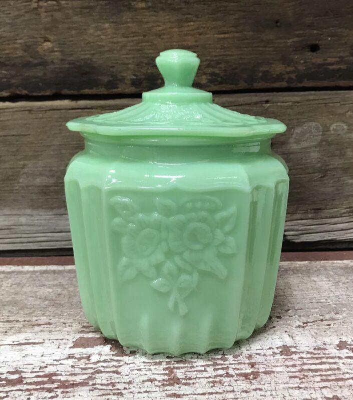 Jadeite Green Milk Glass Vintage-Style Kitchen Biscuit Jar with Lid