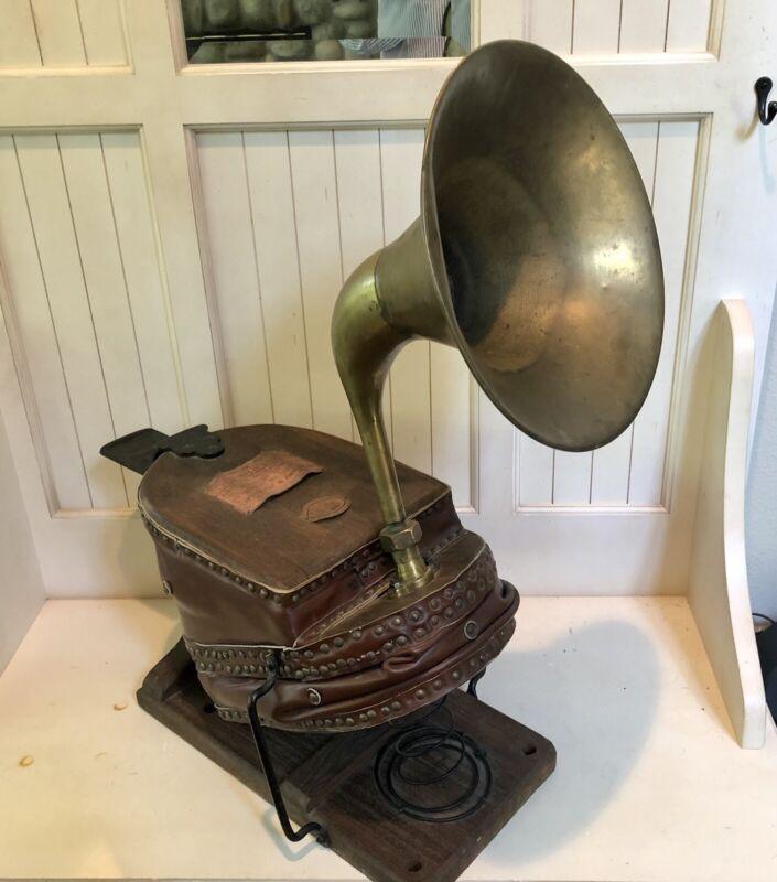 Antique Fire Brigade Antique Foot Bellow Siren with Horn ~ Siebe Gorman & Co
