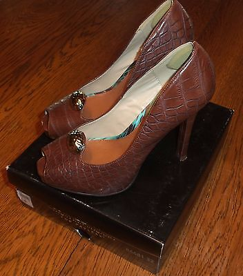 Sz 8 Christian Siriano Payless Open Peep Toe Pumps Brown Faux Leather 5  Heels