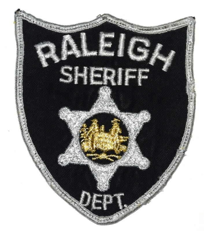 RALEIGH WEST VIRGINIA VA Sheriff Police Patch STATE SEAL VINTAGE OLD USED