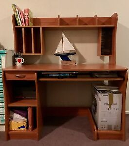 Free desk - pick up today Dee Why Manly Area Preview