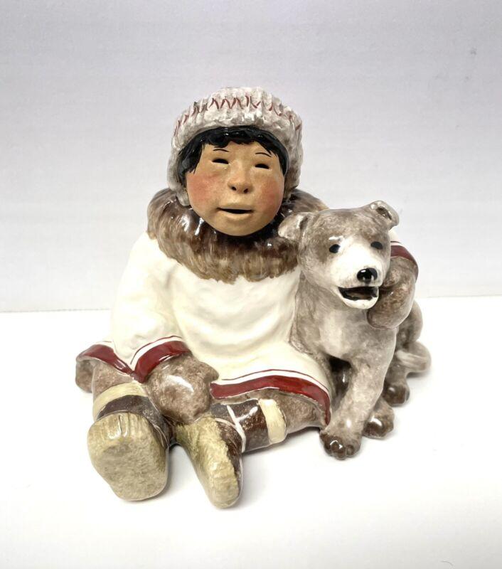 """C Alan Johnson Alaska Eskimo """"Jack & Seekoo"""" Signed Figurine @1993  AH37"""