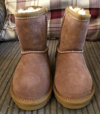 girls ugg boots infant size 6 for sale  Crieff