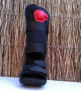 Moon Boot - Size Small