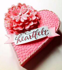 Sizzix Bigz Flower Layers w Heart Petals die #658053 Retail $19.99 Cuts Fabric!