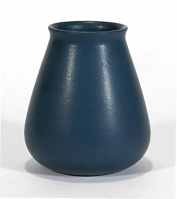 Marblehead Pottery undecorated handthrown matte blue vase arts & crafts A. Baggs