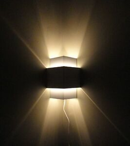 White Plug-In Corner Lamp,Wall Light Sconce