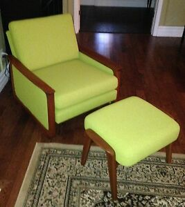 Mid Century R. Huber lounge arm upholstered chair & ottoman London Ontario image 3