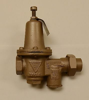 Watts Regulator Co. - 34 Inch U5b Water Reducing Valve And Strainer Nos