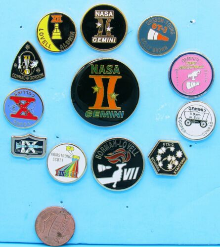 GEMINI PIN Set of 11 + Disc vtg NASA Armstrong Collins Grissom Young Lovell