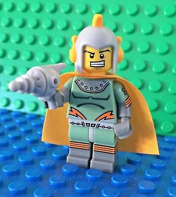 Lego 71018 series 17 RETRO SPACEMAN Space Minifigures City Town New