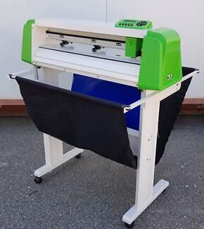 The All New Croc-Cut Vinyl Cutter Made By Saga