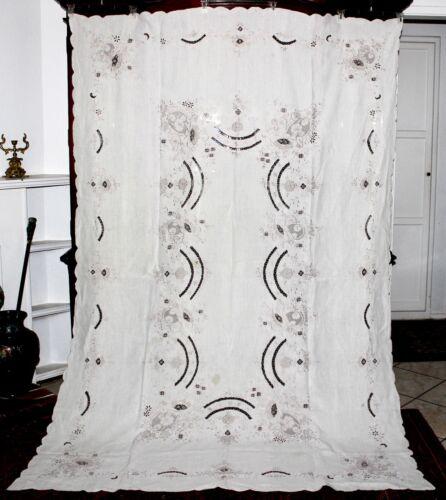 """Beautiful VNTG MADEIRA Hand Embroidered Irish Linen Banquet Tablecloth 100""""x67"""""""