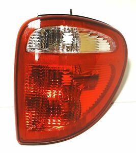 CHRYSLER-Grand-Voyager-Town-Country-01-07-posteriore-destro-stop-segnale-luci