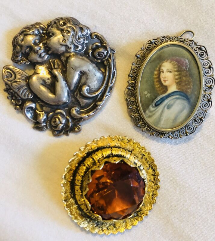 Vintage Heirlooms- Brooches/Pins