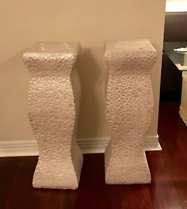 2 decorative columns for outdoor/indoor use