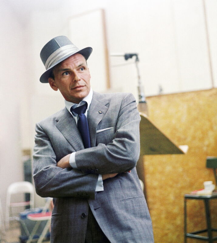 Frank Sinatra With Crossed Hands 8x10 Photo Print