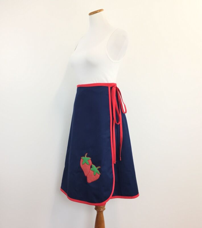 Vtg 70s Wrap Skirt With Strawberries High Waist Fit Great Look Womens Fits S/M