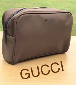 35b46fc4de3a GUCCI MENS WASH BAG TRAVEL POUCH TOILETRY BAG Brand New FREE DELIVERY!