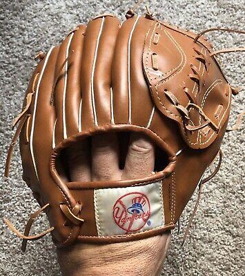 Vintage New York Yankees Baseball Glove Givesway Circa 1980s Citibank