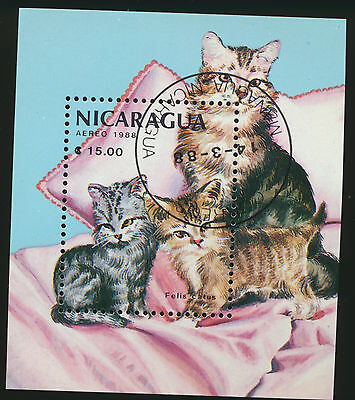 Cats Colorful Souvenir Sheet Nicargaua - Cat Coloring Sheet