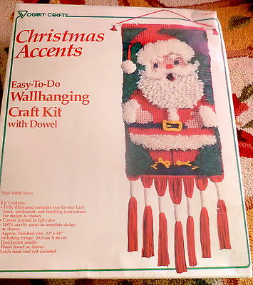 NIP VTG Easy-To-Do Christmas SANTA Accents Wallhanging Craft Kit Vogart 12 x 34