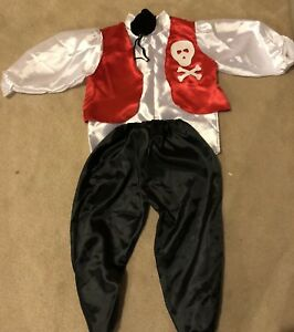 Pirate costume for toddlers