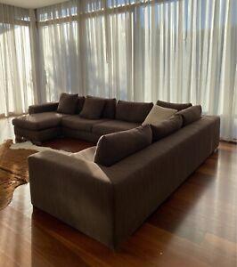 Jardan Australia Montana Sofa Modular.