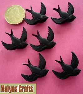 BLACK-BIRDS-Buttons-Themed-Swallow-Retro-Kitsch-Blackbird-Tattoo-Craft-Plastic