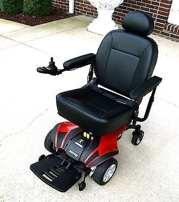 mobility scooter power chair Jazzy select Elite Good condition new batteries.
