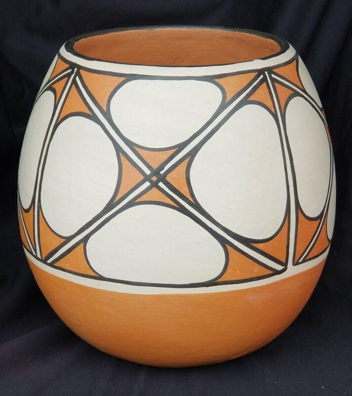 Anna Marie Torivio Lovato Large Santo Domingo Pueblo Pottery Vessel