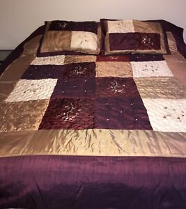 Queen  Bed Quilted Set With Shams