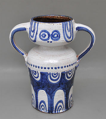 Sixties Design Studiokeramik-Vase Zweihenkelvase signiert