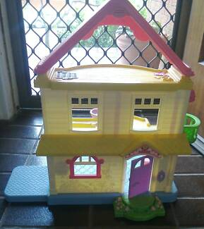 Fisher Price My First Dollhouse Small Dolls House