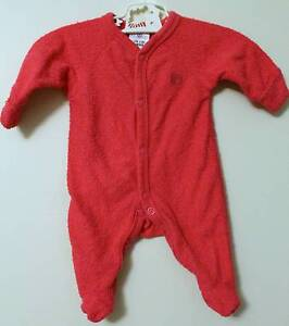 Hot Pink Romper Size 00000 Excellent Condition Cherrybrook Hornsby Area Preview