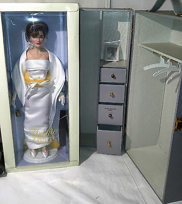 - Franklin Mint Jackie Kennedy Doll w/ Trunk + 6 Designer Outfits never unboxed